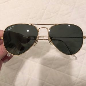 Ray- Ban Aviator Sun Glasses - Polarized